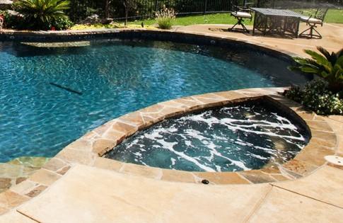 lm-custom-pool-spa-wichita-ks-renovations-before3