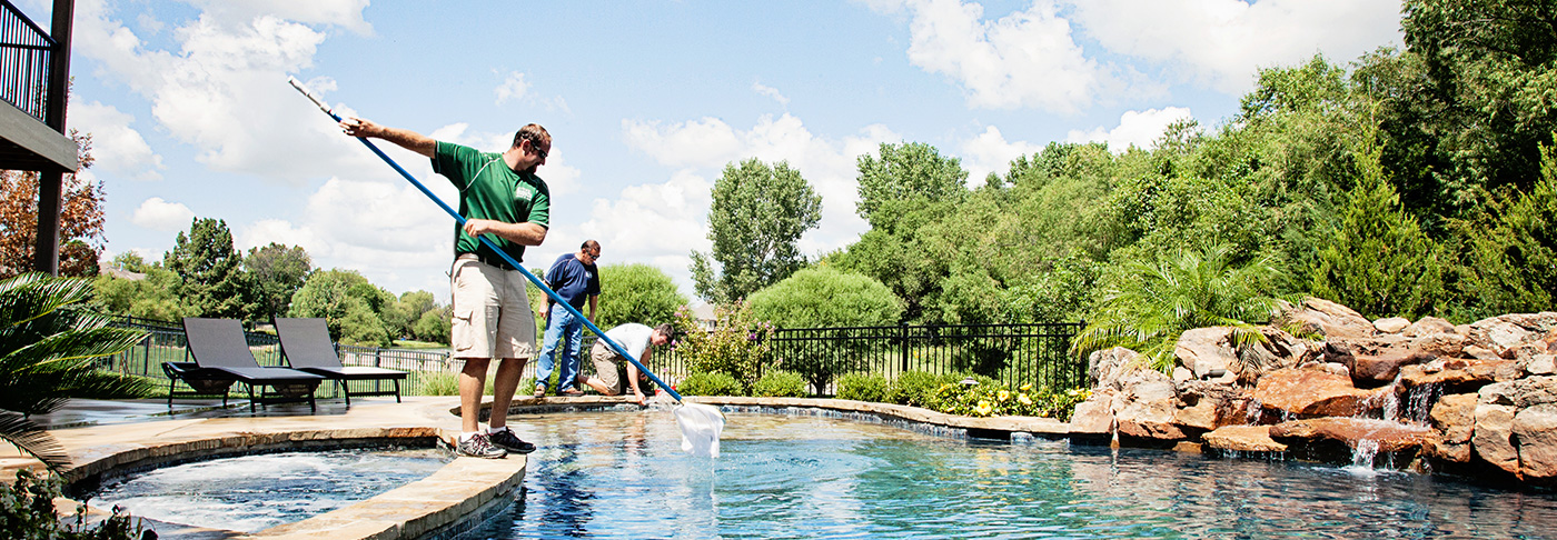 LM-Custom-Pool-Spa-wichita-ks-maintenance-services-featured-image
